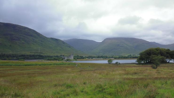 p1030816_highland_castle.jpg
